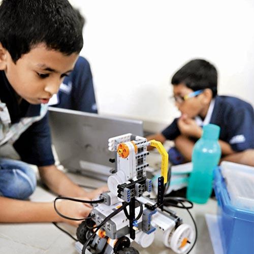 製作機器人